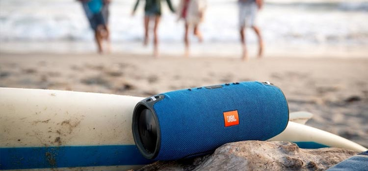 beach speaker buying guide
