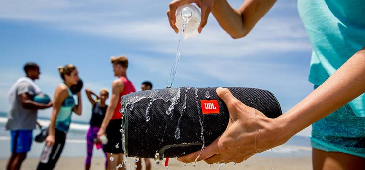 waterproof outdoor beach speaker