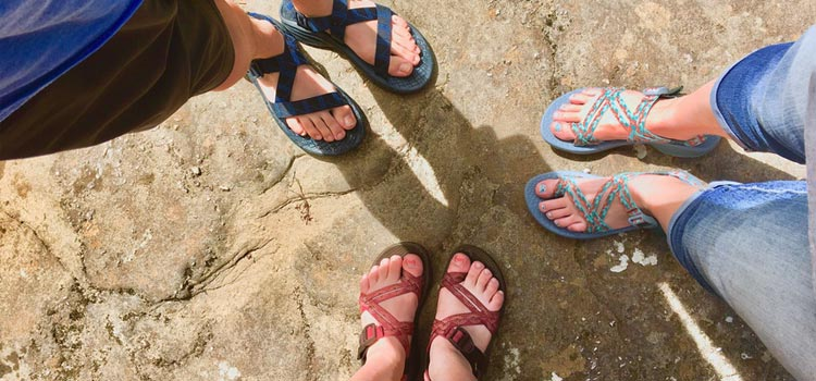 beach sandals reviews men and women